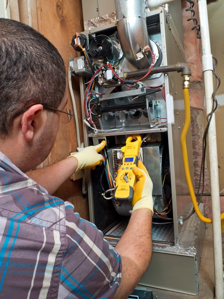 electrical maintenance worker